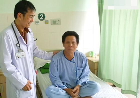Cứu sống bệnh nhân lớn tuổi bị ngưng tim ảnh 1