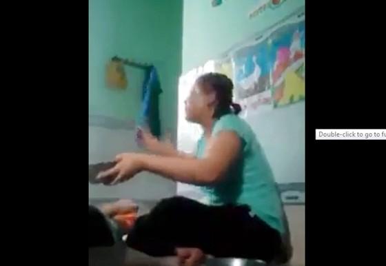 3 trẻ nhỏ ở An Giang bị bảo mẫu bạo hành  ảnh 1