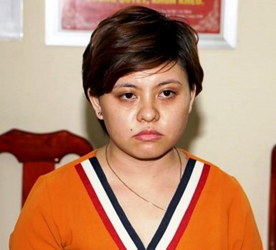 Khởi tố, bắt tạm giam bảo mẫu bạo hành trẻ em ở An Giang ảnh 1