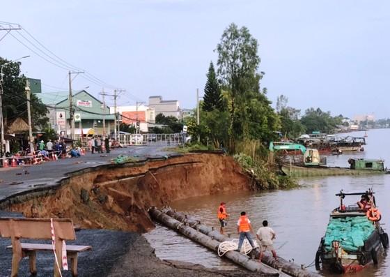 An Giang: Công bố tình huống khẩn cấp sạt lở ở sông Hậu ảnh 1