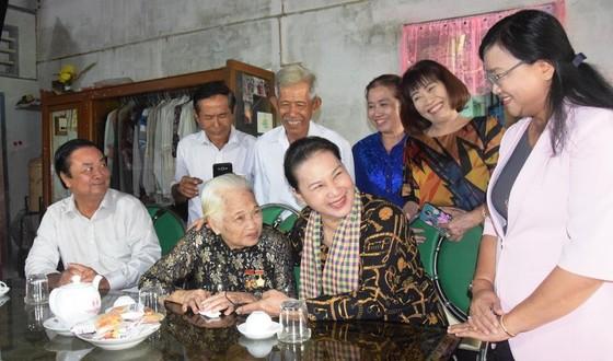 Chủ tịch Quốc hội Nguyễn Thị Kim Ngân: Đồng Tháp là điểm sáng trong mô hình liên kết nông dân ảnh 4