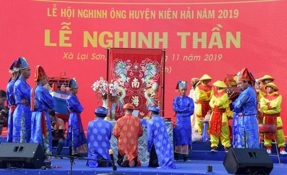 Tưng bừng lễ hội Nghinh Ông ở đảo Kiên Hải ảnh 1