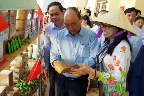 Thủ tướng Chính phủ đối thoại với nông dân tại Cần Thơ  ảnh 1