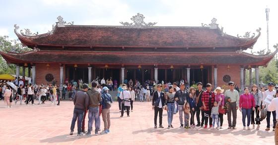 Hơn 813.000 lượt du khách đến Cần Thơ trong dịp Tết Canh Tý ảnh 1