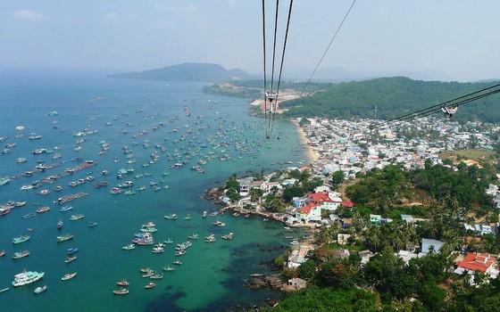 Kiểm tra 100% khách Trung Quốc đến đảo ngọc Phú Quốc ảnh 1