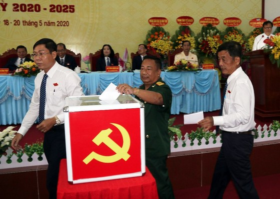 Kiên Giang: Đại hội điểm cấp huyện bầu trực tiếp bí thư ảnh 1