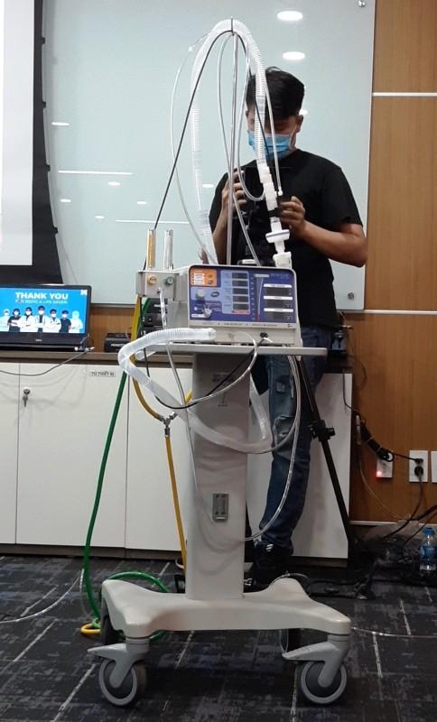 Tiếp nhận 50 máy thở trị giá 12 tỷ đồng, phục vụ điều trị Covid-19 ảnh 2