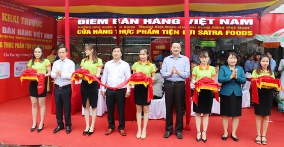 Khai trương điểm bán hàng Việt cố định ở Cần Thơ  ảnh 1
