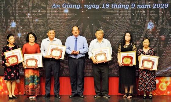 Hơn 1.150 tài năng ở An Giang được tiếp sức ảnh 2
