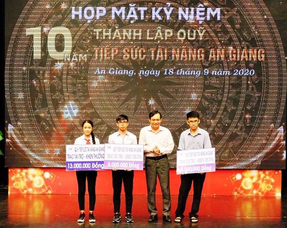 Hơn 1.150 tài năng ở An Giang được tiếp sức ảnh 1