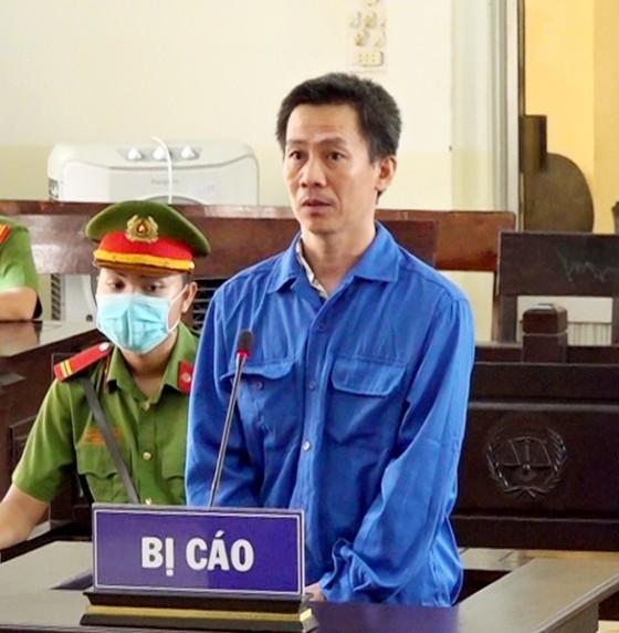 Lĩnh án 20 năm tù vì chiếm đoạt 1,69 tỷ đồng qua Campuchia đánh bạc ảnh 1