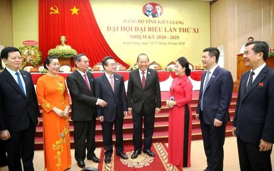 Phó Thủ tướng Thường trực Trương Hòa Bình yêu cầu Kiên Giang khai thác tiềm năng kinh tế biển và du lịch ảnh 1