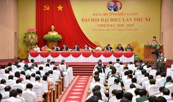Phó Thủ tướng Thường trực Trương Hòa Bình yêu cầu Kiên Giang khai thác tiềm năng kinh tế biển và du lịch ảnh 3