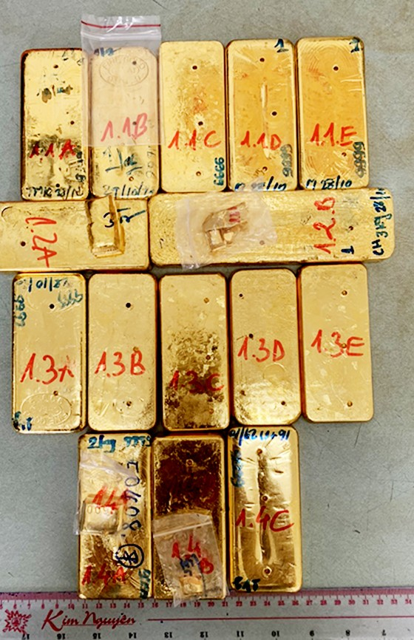Thưởng nóng lực lượng công an phá vụ vận chuyển 51kg vàng 9999 ảnh 1