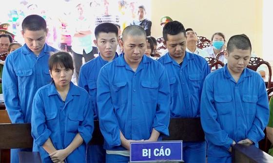 6 bị cáo mua bán ma túy lãnh án 81 năm tù ảnh 1