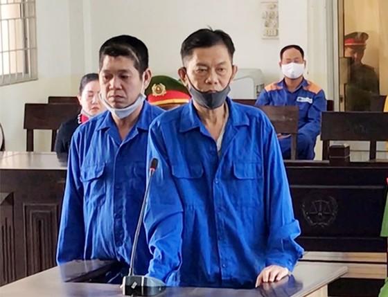 Đốt nhà người tình, hai bị cáo lãnh 43 năm tù ảnh 1