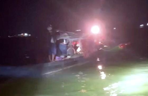Ngăn chặn 8 người từ Campuchia nhập cảnh trái phép vào An Giang ảnh 1