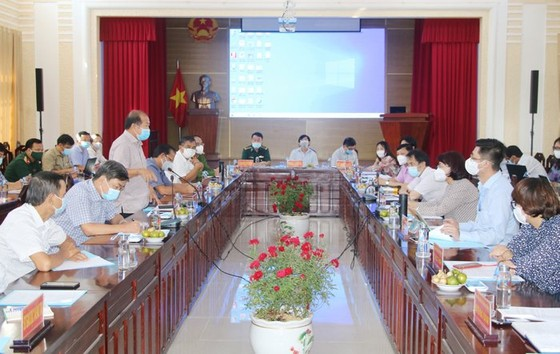 Tổ công tác của Bộ Y tế đến Đồng Tháp hỗ trợ phòng chống dịch Covid-19 ảnh 1
