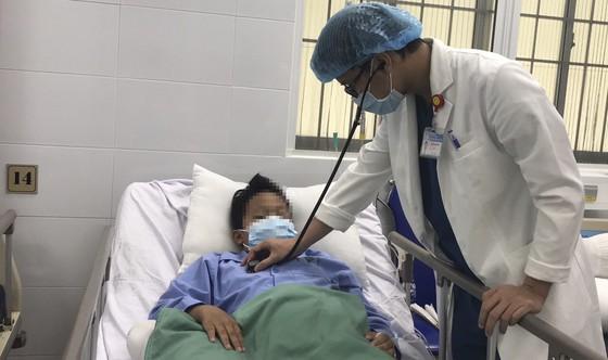 45 phút cứu sống bệnh nhi 11 tuổi bị vỡ túi phình mạch máu não ảnh 1