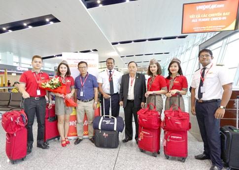 Vietjet chào mừng chuyến bay đầu tiên Hà Nội-Siem Reap ảnh 1