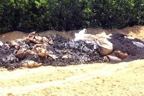 Hơn 100 tấn chất thải của Formosa chôn ở trang trại cũ ảnh 1