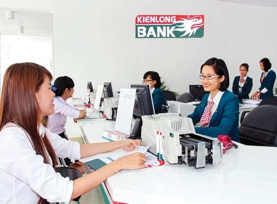 KienLongbank - 9 tháng chỉ đạt 10% kế hoạch! ảnh 1