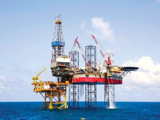 OPEC bất đồng, dầu khí long đong ảnh 1