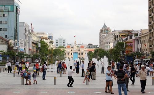 Đất phố đi bộ Nguyễn Huệ cao nhất 1,2 tỷ/m2 ảnh 1