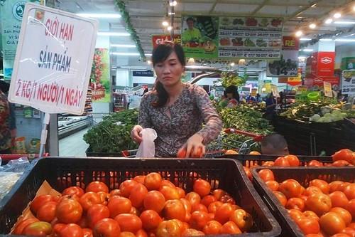 Siêu thị hạn chế khách mua cà chua ảnh 1