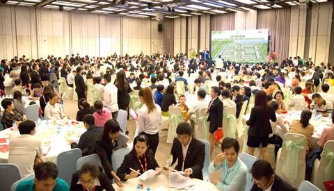 Nhà phố vườn SaiGon Village đón 450 cư dân đầu tiên ảnh 1
