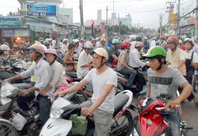 Điều chỉnh giao thông khu vực ngã tư Bốn Xã ảnh 1
