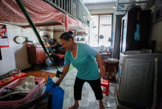Cuộc sống trong chung cư cũ ở phố Tây Sài Gòn ảnh 2