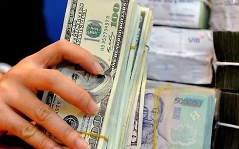 NHNN có thể bán USD để ổn định thị trường ảnh 1