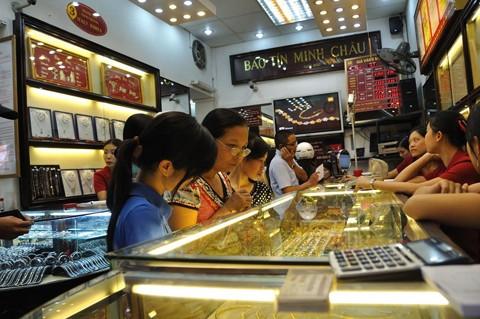 Đại hạ giá vàng miếng Bảo Tín Minh Châu ảnh 1
