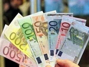 EUR mất giá do lo ngại về nợ công châu Âu ảnh 1
