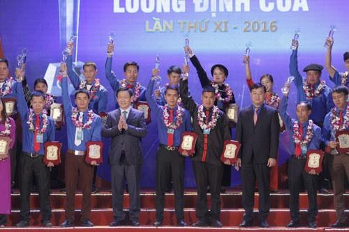 85 thanh niên nhận giải thưởng Lương Định Của ảnh 1