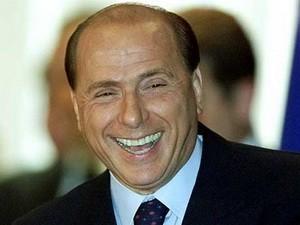 Berlusconi sẽ từ chức sau khi phê chuẩn cải cách ảnh 1