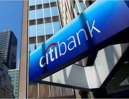S&P hạ tín nhiệm các ngân hàng lớn Hoa Kỳ ảnh 1