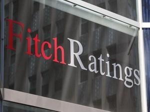 Fitch nâng xếp hạng tín nhiệm Hy Lạp lên B- ảnh 1