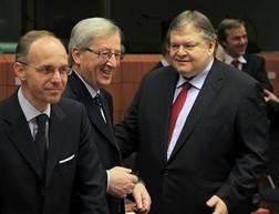 Châu Âu tăng các gói cứu trợ gần 700 tỷ EUR ảnh 1