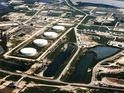 Pháp có thể mở kho dầu chiến lược ảnh 1