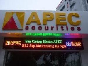 Phạt APEC 130 triệu đồng vì phạm Luật CK ảnh 1
