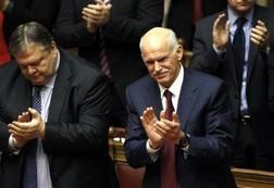 Thủ tướng Hy Lạp vượt qua bỏ phiếu tín nhiệm ảnh 1