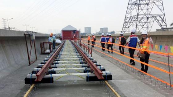 Khởi công xây lắp hệ thống đường ray tuyến Metro Bến Thành - Suối Tiên ảnh 2