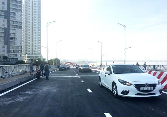 Thông xe cầu qua đảo Kim Cương quận 2 ảnh 2