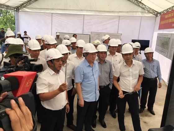 Phó Thủ tướng Vương Đình Huệ: Cao tốc Trung Lương- Mỹ Thuận đúng tiến độ là khả thi ảnh 2