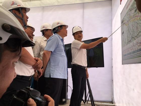 Phó Thủ tướng Vương Đình Huệ: Cao tốc Trung Lương- Mỹ Thuận đúng tiến độ là khả thi ảnh 3