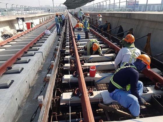 Đẩy nhanh tiến độ thi công tuyến metro Bến Thành - Suối Tiên ảnh 1
