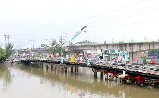 Hợp long cầu Phước Lộc huyện Nhà Bè sau 8 năm thi công ảnh 3