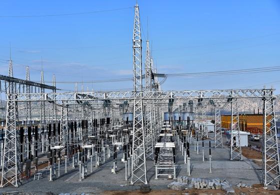 Khánh thành đưa vào vận hành Trạm biến áp 500kV và đường dây 220/500kV kết hợp Nhà máy điện mặt trời Trung Nam ảnh 3